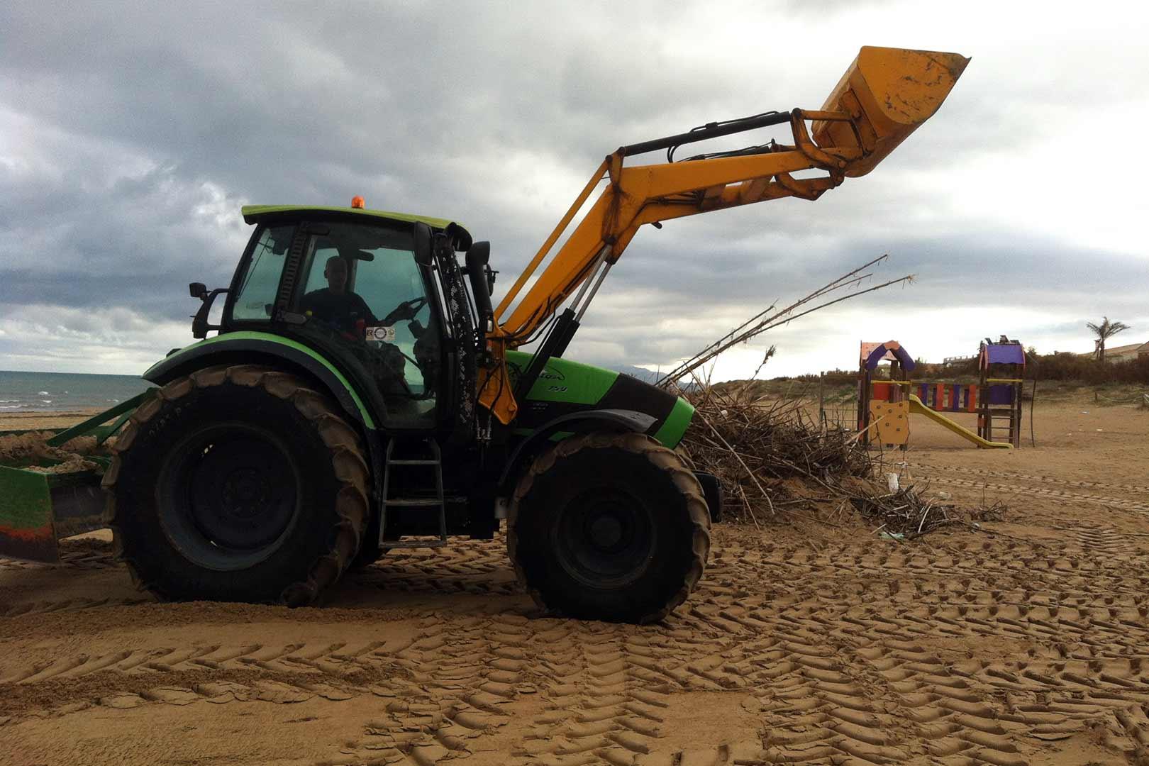 servicios-de-limpieza-de-playas-ducalplaya